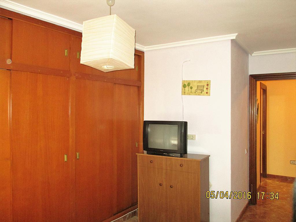 Dormitorio - Piso en alquiler en plaza Nueve Octubre, Centro Urbano en Llíria - 321260704