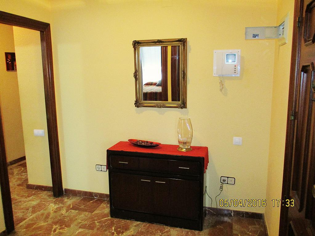 Vestíbulo - Piso en alquiler en plaza Nueve Octubre, Centro Urbano en Llíria - 321260706