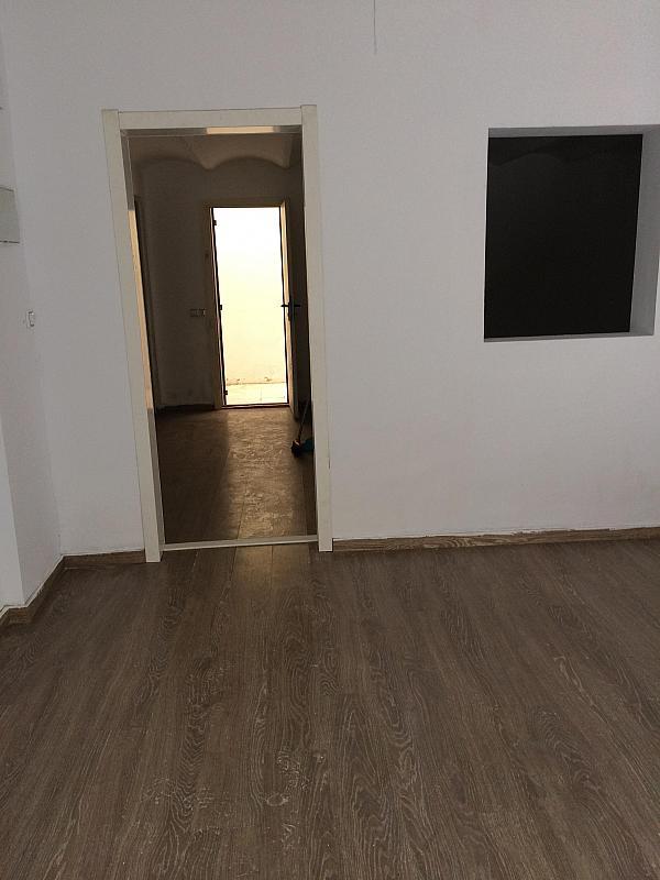 Local comercial en alquiler en calle Abastos, El Grau en Valencia - 341605101