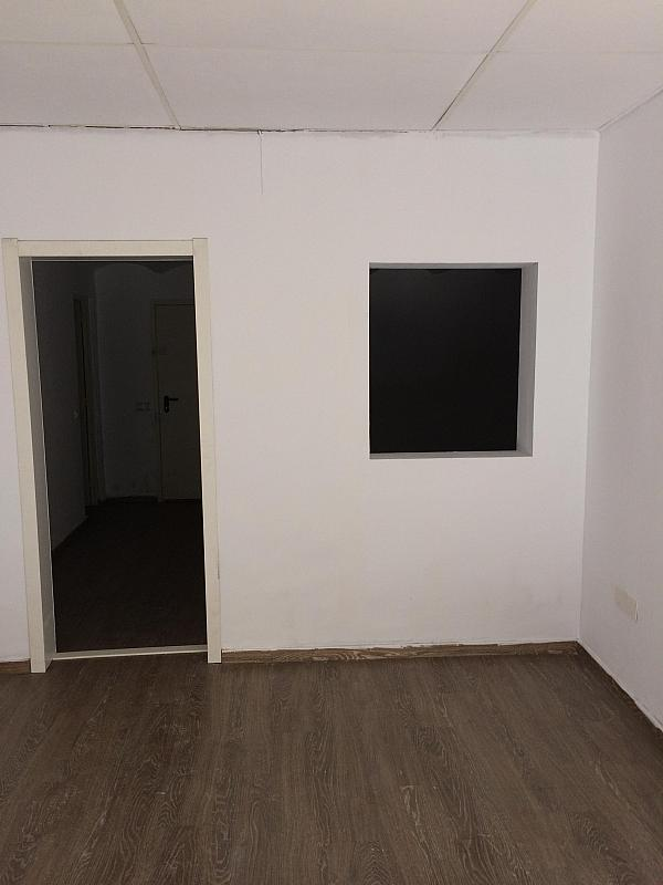 Local comercial en alquiler en calle Abastos, El Grau en Valencia - 341605109