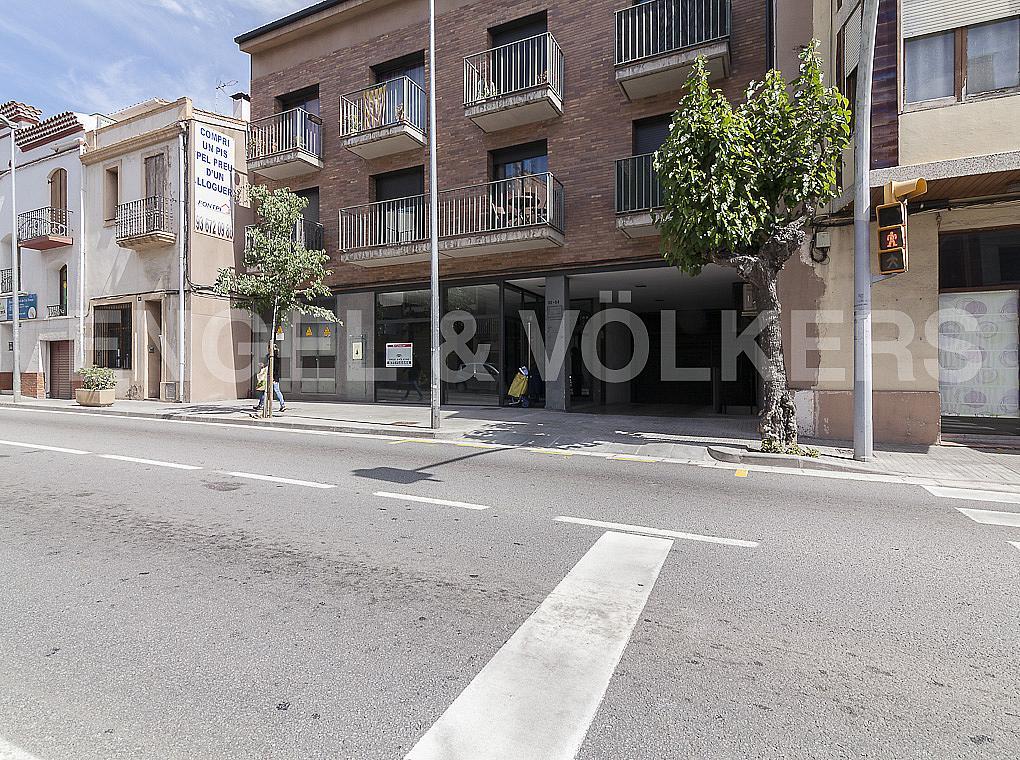 Fachada - Local comercial en alquiler en calle Catalunya, Palma de Cervelló, La - 279785628