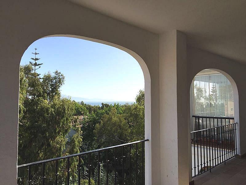 Foto - Apartamento en alquiler en calle Puerto de la Duquesa, Manilva - 334303478