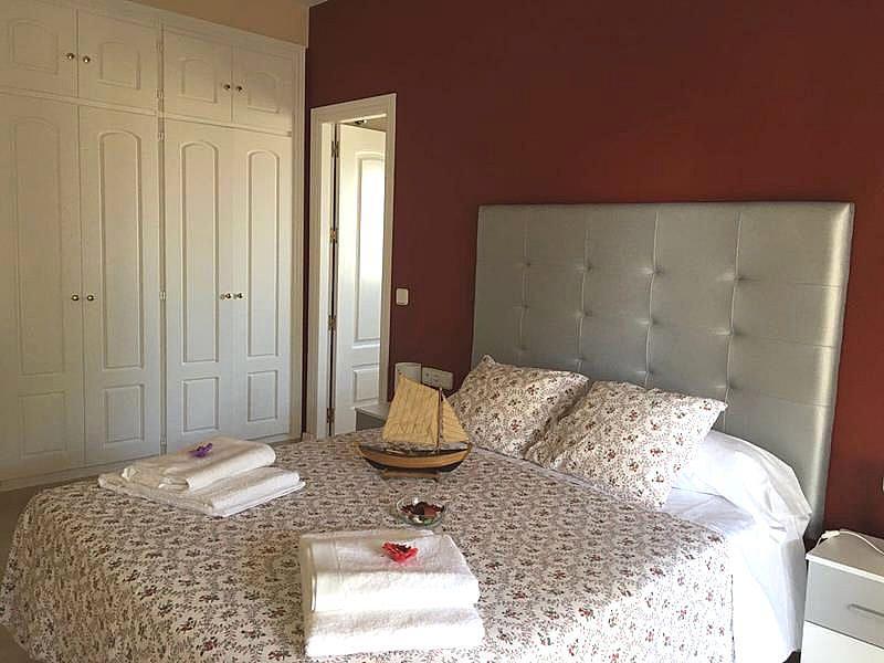 Foto - Apartamento en alquiler en calle Puerto de la Duquesa, Manilva - 334303490