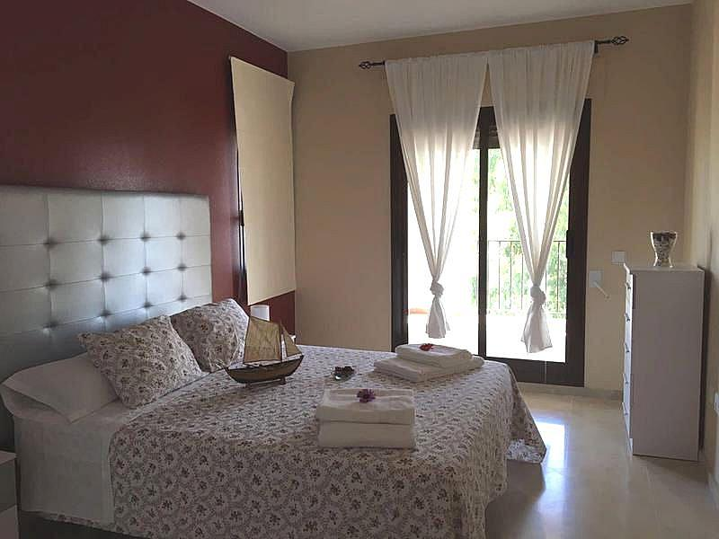 Foto - Apartamento en alquiler en calle Puerto de la Duquesa, Manilva - 334303493