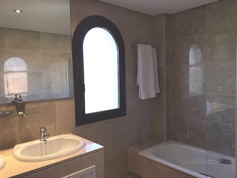 Foto - Apartamento en alquiler en calle Puerto de la Duquesa, Manilva - 334303496