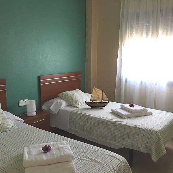 Foto - Apartamento en alquiler en calle Puerto de la Duquesa, Manilva - 334303499