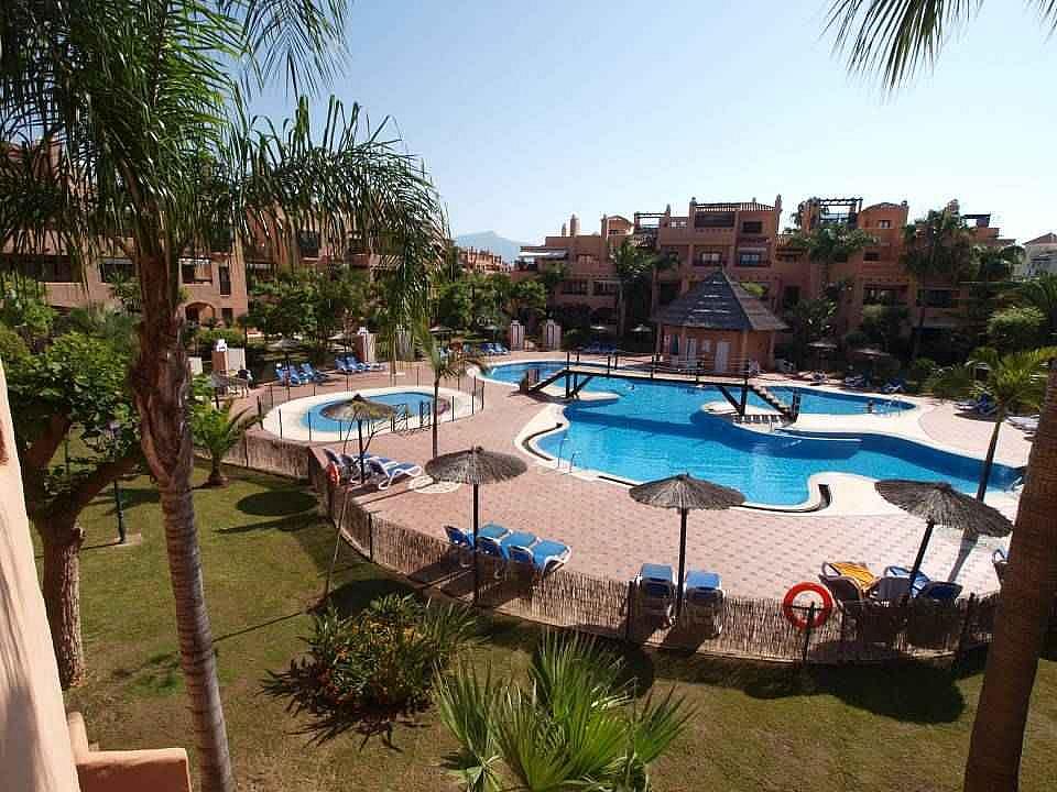 Piscina - Apartamento en alquiler en Estepona - 277704010