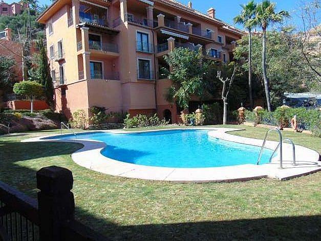 Piscina - Apartamento en alquiler en Benahavís - 277706512