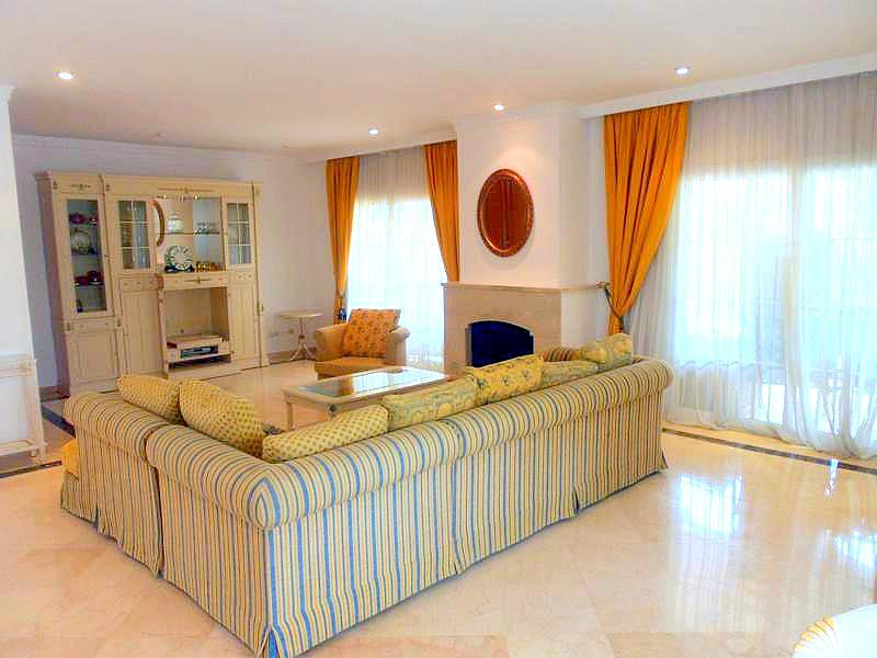 Salon - Chalet en alquiler en Benahavís - 277708939
