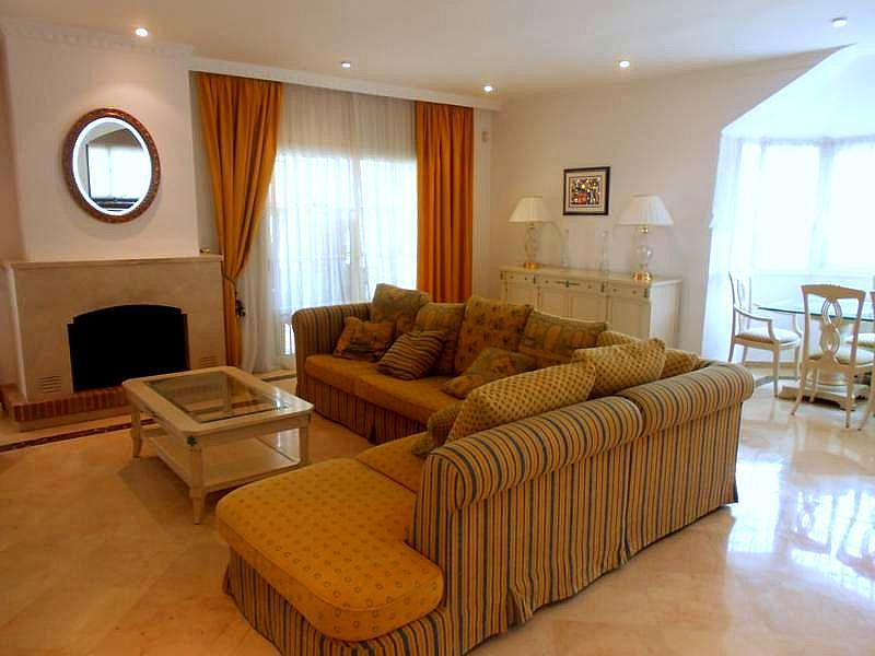 Salon - Chalet en alquiler en Benahavís - 277708942