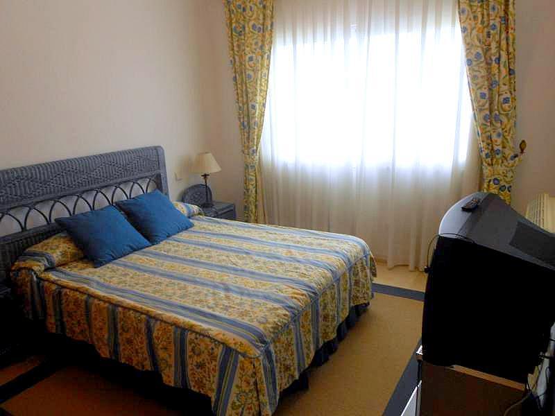 Dormitorio - Chalet en alquiler en Benahavís - 277708957