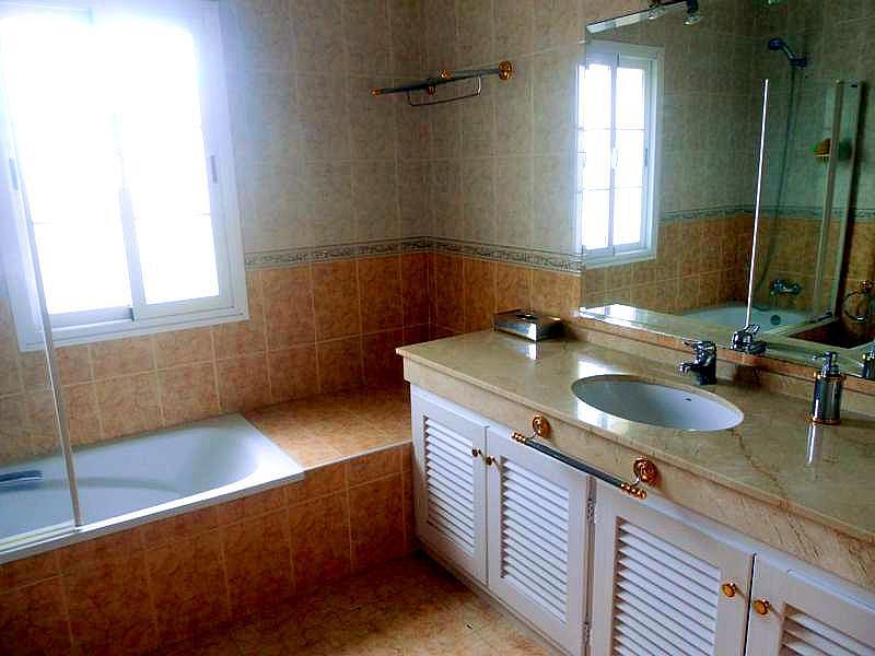 Bano - Chalet en alquiler en Benahavís - 277708960