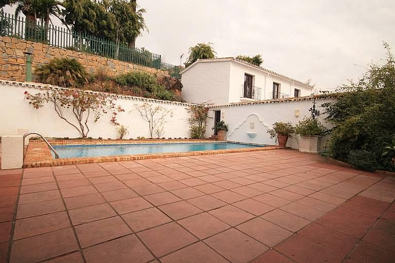 Piscina - Casa en alquiler en Marbella - 277709098