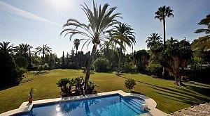 Piscina - Chalet en alquiler en Estepona - 277709410