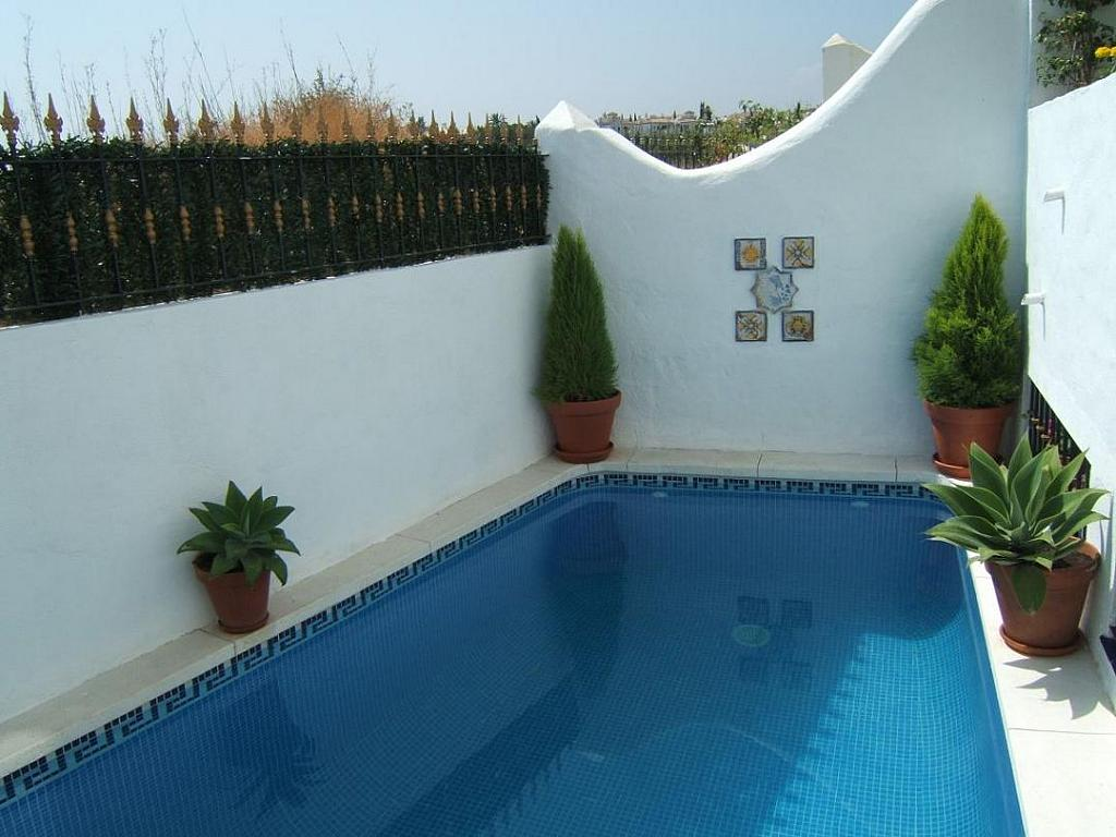 Piscina - Casa adosada en alquiler en Milla de Oro en Marbella - 277710232