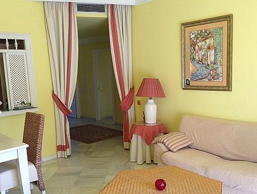 Salon - Apartamento en alquiler en Marbella - 277710385