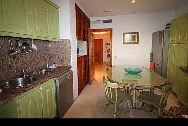 Cocina - Apartamento en alquiler en Marbella - 277710934