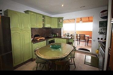 Cocina - Apartamento en alquiler en Marbella - 277710961