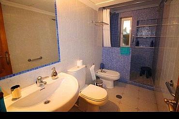 Bano - Apartamento en alquiler en Marbella - 277710970