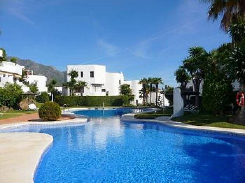 Piscina - Apartamento en alquiler en Milla de Oro en Marbella - 277711111