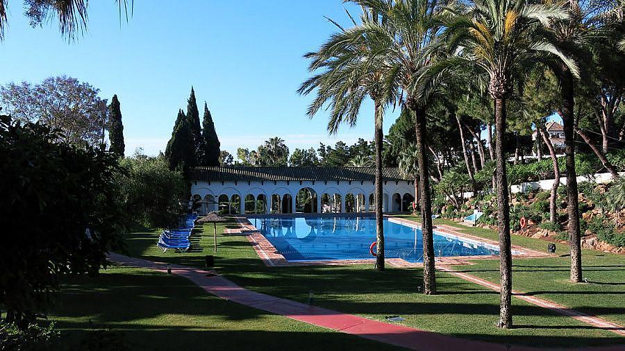 Zonascomunes - Apartamento en alquiler en Milla de Oro en Marbella - 277711135