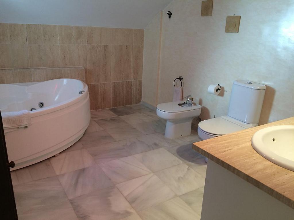 Bano - Casa adosada en alquiler en Marbella - 277712686