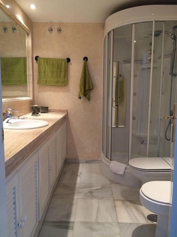Bano - Casa adosada en alquiler en Marbella - 277712698