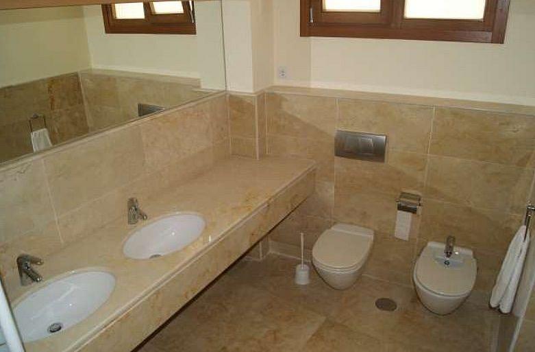 Bano - Apartamento en alquiler en Marbella - 277712761