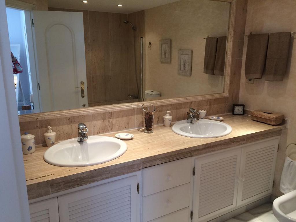 Bano - Apartamento en alquiler en Marbella - 277713193