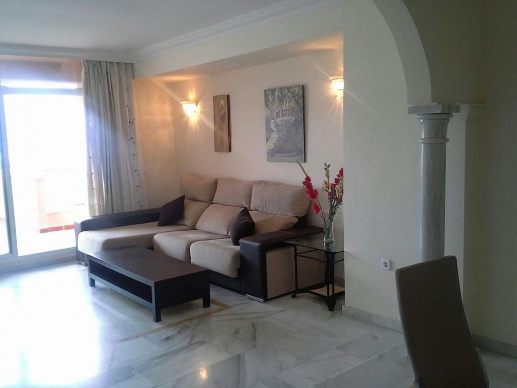Salon - Apartamento en alquiler en Milla de Oro en Marbella - 277713394