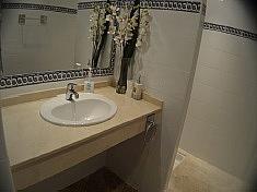 Bano - Apartamento en alquiler en Marbella - 277713466