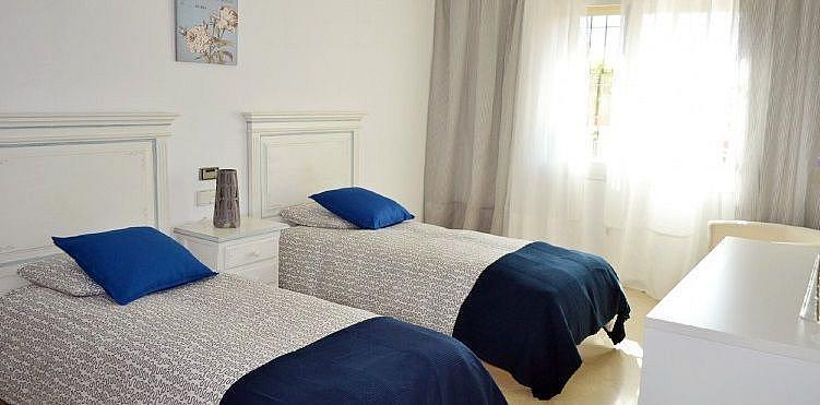 Dormitorio - Chalet en alquiler en San Pedro Pueblo en Marbella - 277713496