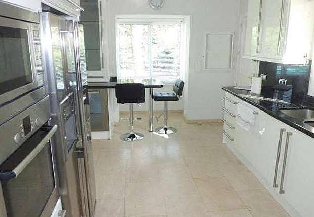 Cocina - Chalet en alquiler en Nueva Andalucía en Marbella - 277714537