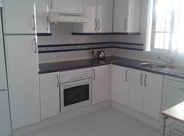 Cocina - Apartamento en alquiler en Estepona - 277715407