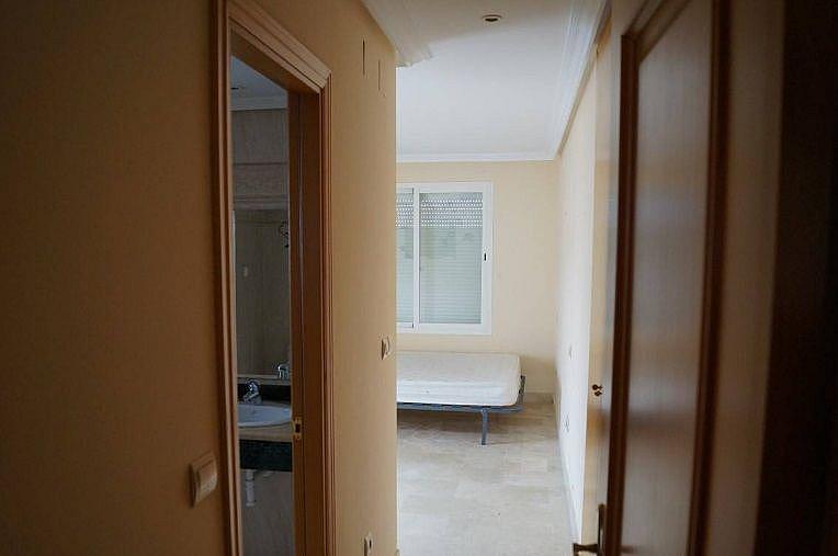Distribuidor - Apartamento en alquiler en Estepona - 277715884