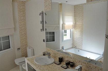 Bano - Chalet en alquiler en Marbella - 279482489