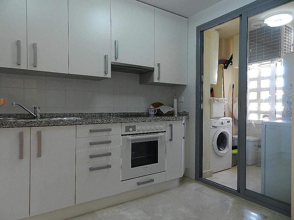 Cocina - Apartamento en alquiler en Marbella - 279807951