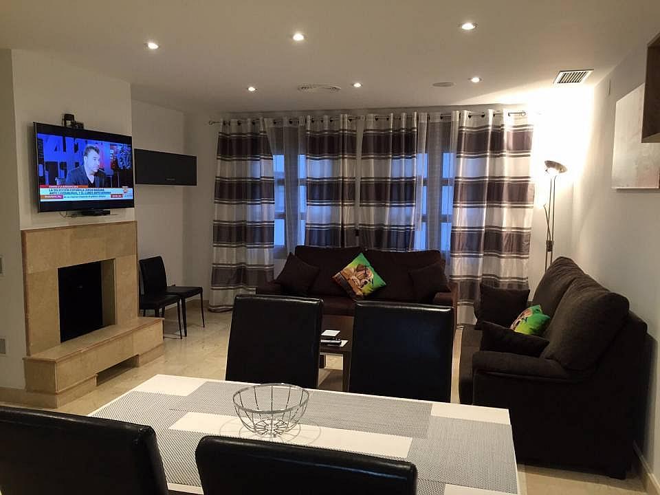 Salon - Apartamento en alquiler en Marbella - 324086569