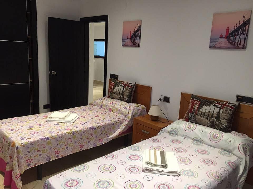 Dormitorio - Apartamento en alquiler en Marbella - 324086572