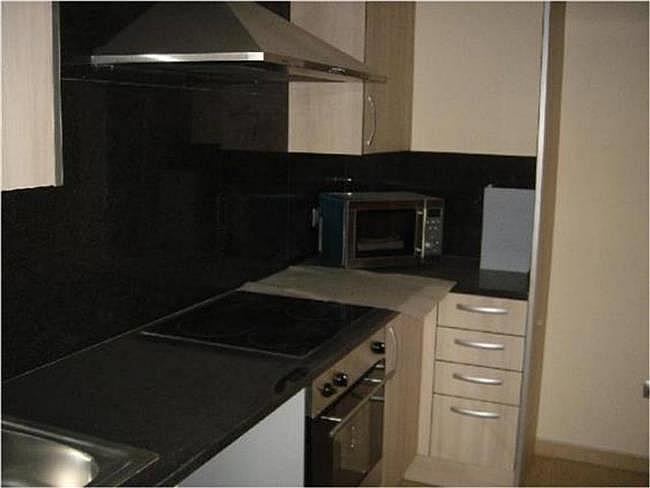 Piso en alquiler en calle Residencial la Serra, Roda de Ter - 328208027