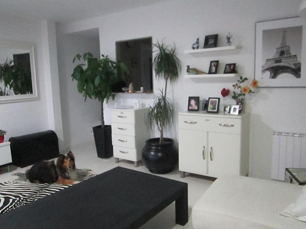 Salón - Piso en alquiler en calle Del Mar, Canet de Mar - 321678954