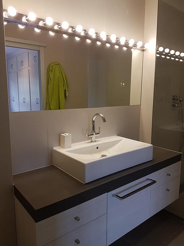 Baño - Casa adosada en alquiler en pasaje Esparragueres, Cabrils - 327647468