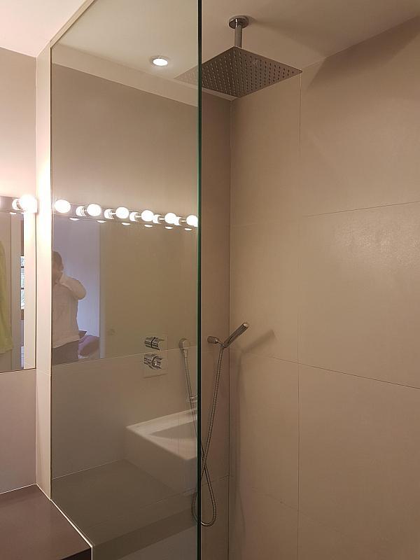 Baño - Casa adosada en alquiler en pasaje Esparragueres, Cabrils - 327647476