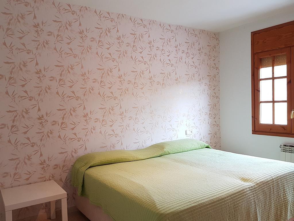 Dormitorio - Casa adosada en alquiler en pasaje Esparragueres, Cabrils - 327647492