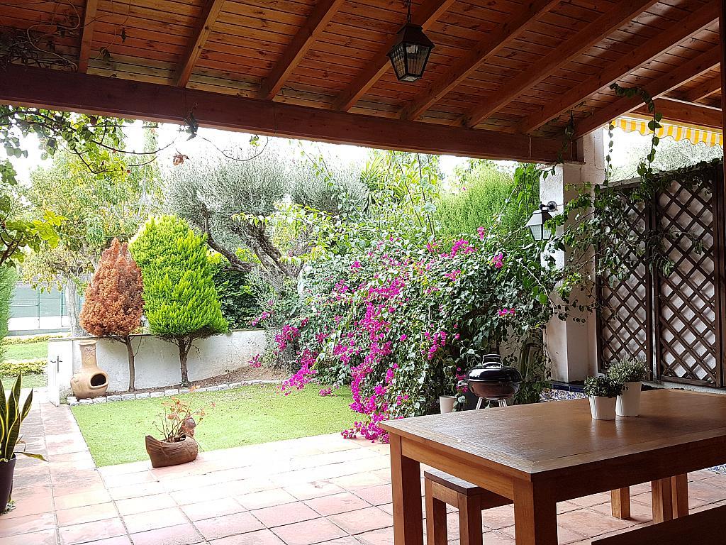 Terraza - Casa adosada en alquiler en pasaje Esparragueres, Cabrils - 327647522