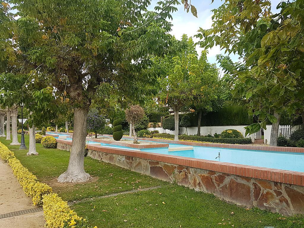 Jardín - Casa adosada en alquiler en pasaje Esparragueres, Cabrils - 327647652