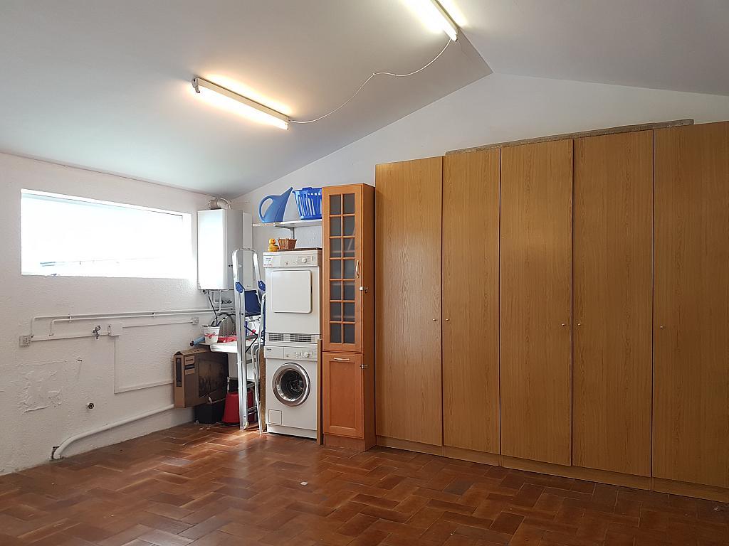 Garaje - Casa adosada en alquiler en pasaje Esparragueres, Cabrils - 327647670
