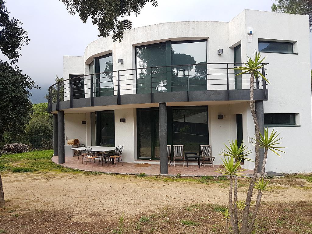 Fachada - Casa en alquiler en calle Andalusia, Sant Cebrià de Vallalta - 339113719