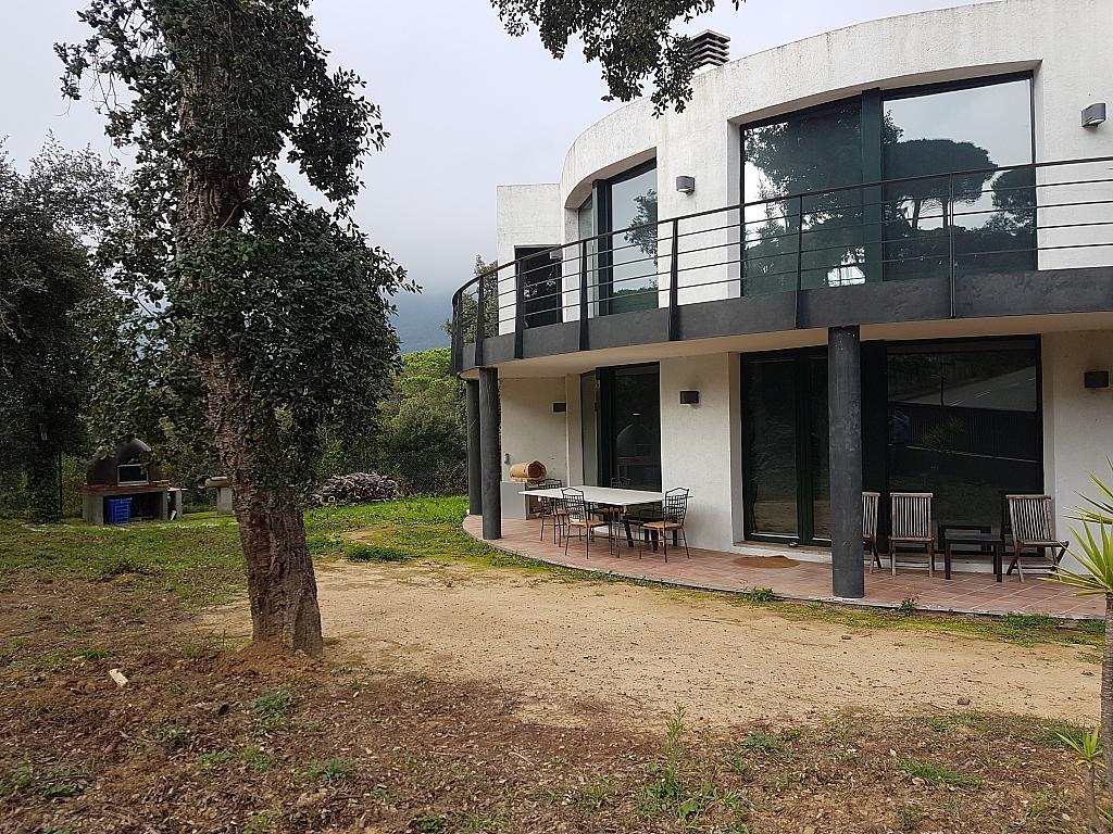 Fachada - Casa en alquiler en calle Andalusia, Sant Cebrià de Vallalta - 339113723