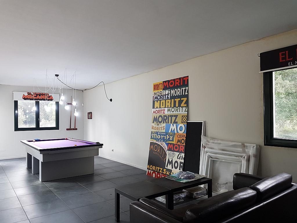 Salón - Casa en alquiler en calle Andalusia, Sant Cebrià de Vallalta - 339113826